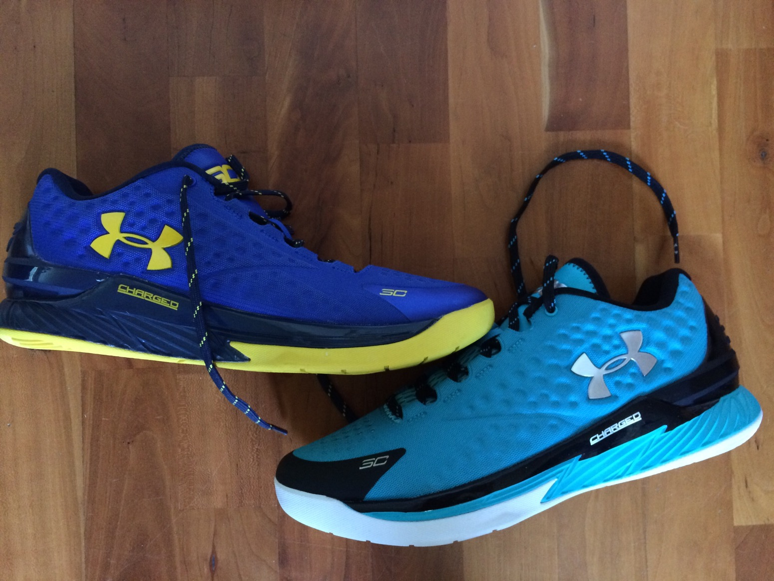 f02212abf735 ... authentic under armour curry one 1 low versus clutchfit drive low  performance review d5e56 263cc