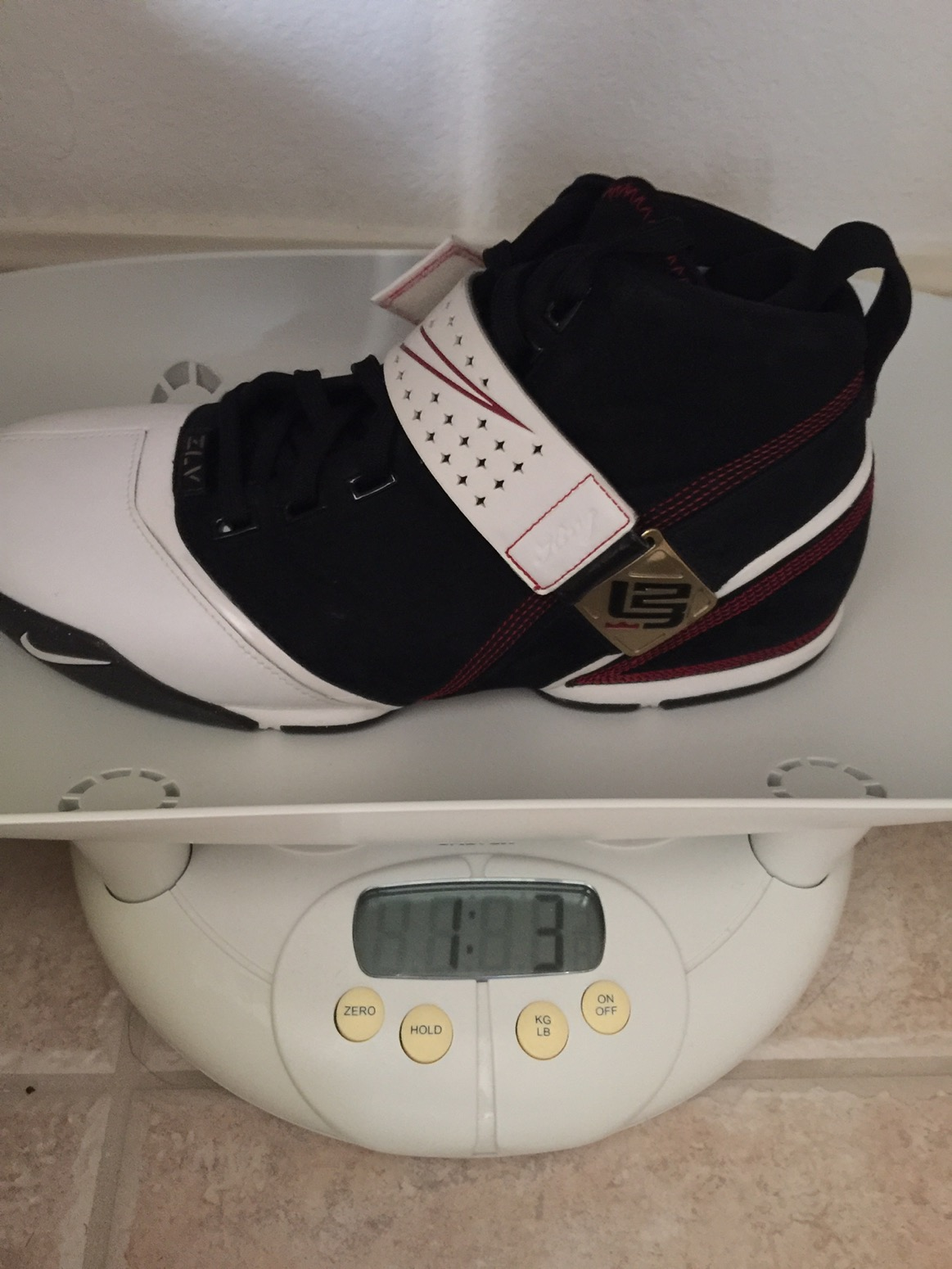 competitive price 5da48 ac40d 19 ounces in a size 11. Pretty much 5-6 ounces heavier than today s average  shoe.